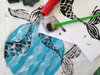 <B><I>Design and Print a Beach Bag</I></B>