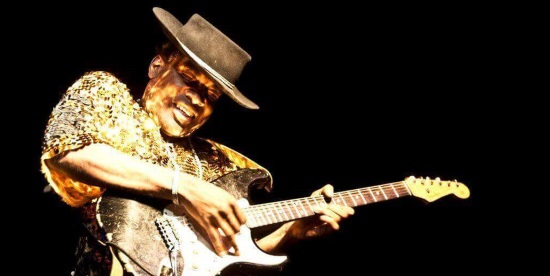 <B><I>The Carvin Jones Band</I></B>