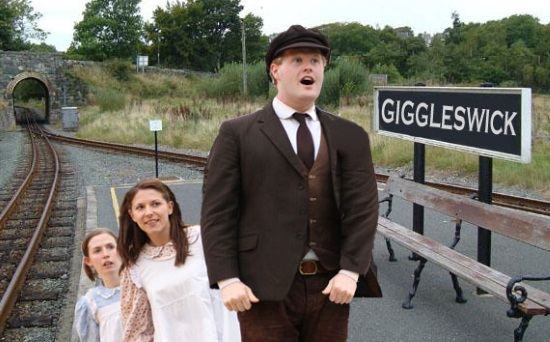 <B>Heartbreak Theatre : <I>'The Railway Children'</I></B>