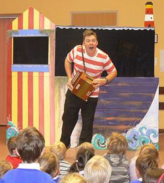 <B><I>The Sea Show [Children's show]</I></B>