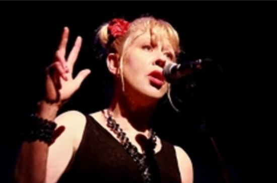<B>Hazel O'Connor</B>