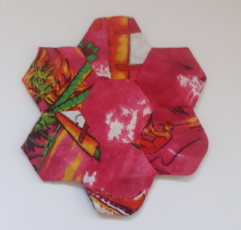 <B>'English Paper Piecing Patchwork Coaster'</B>