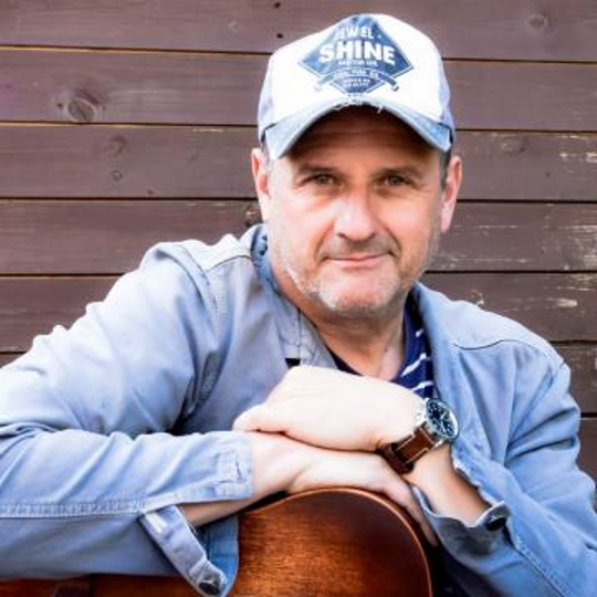 <B>Mark Radcliffe - Loser </B>