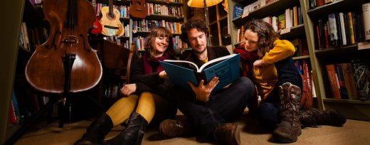 <B>Welcome Party: <I></I>Bookshop Band & Rig-a-Jig</B>